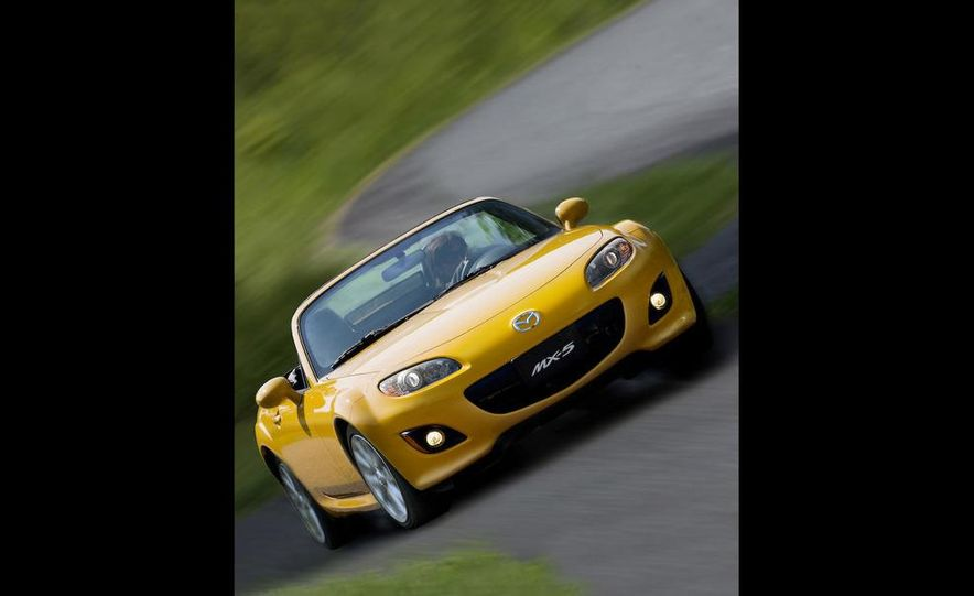 2009 Mazda MX-5 Miata PRHT (Power Retractable Hardtop) Grand Touring - Slide 46