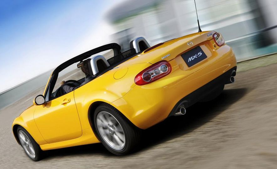 2009 Mazda MX-5 Miata PRHT (Power Retractable Hardtop) Grand Touring - Slide 47