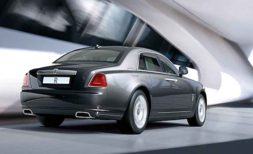 2010 Rolls-Royce Ghost - Slide 46