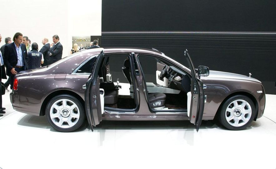 2010 Rolls-Royce Ghost - Slide 16