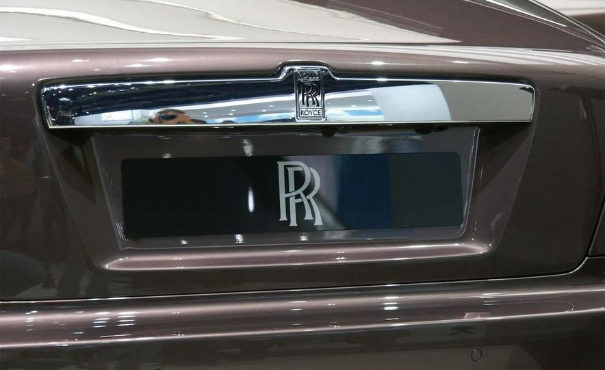 2010 Rolls-Royce Ghost - Slide 26