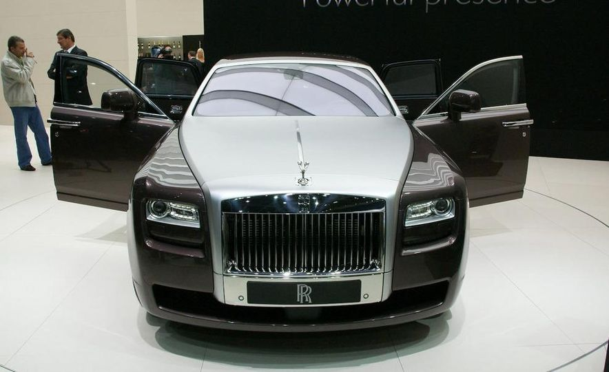 2010 Rolls-Royce Ghost - Slide 14