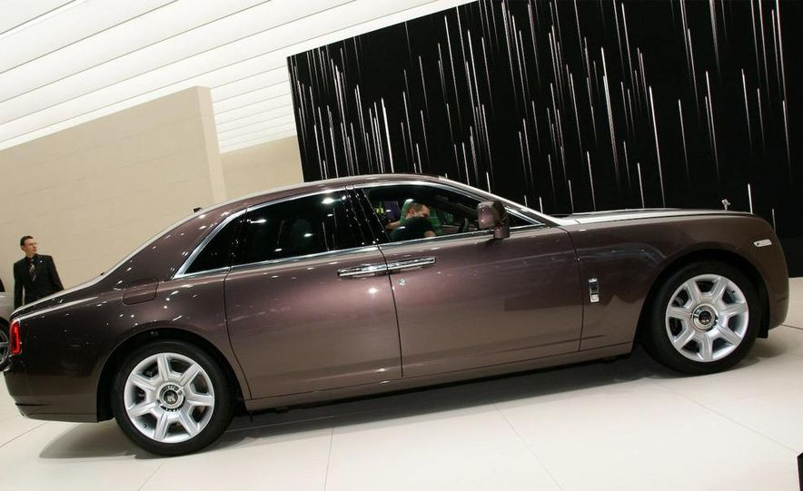 2010 Rolls-Royce Ghost - Slide 5