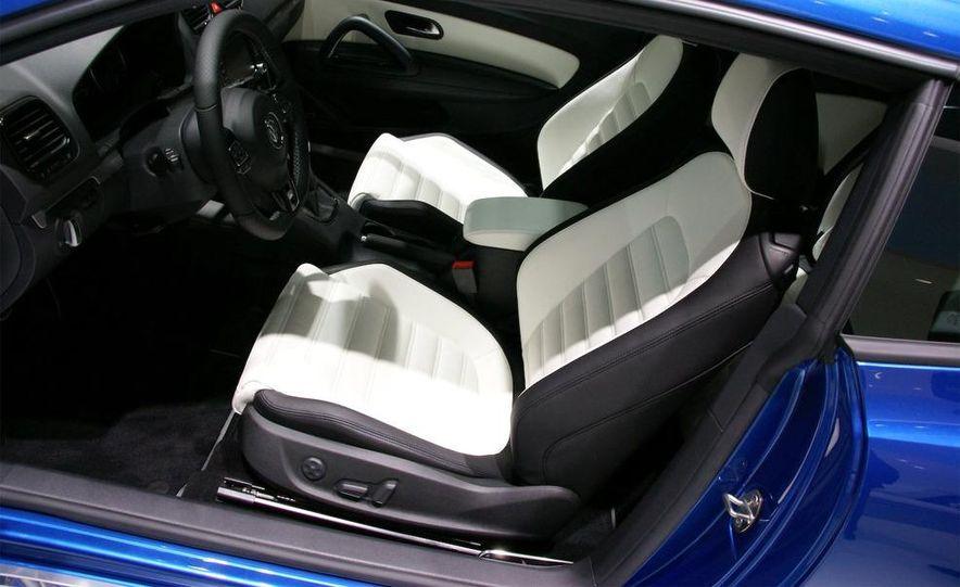 2010 Volkswagen Scirocco R - Slide 21