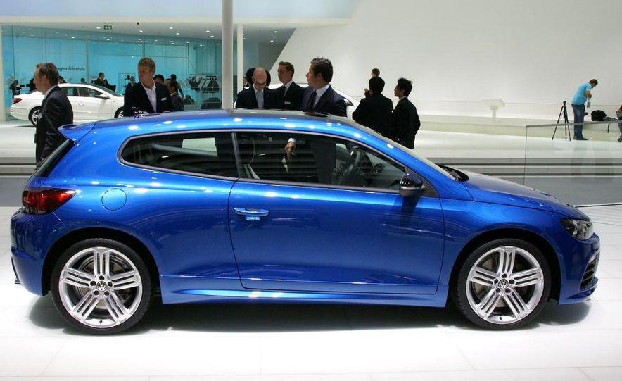 2010 Volkswagen Scirocco R - Slide 10