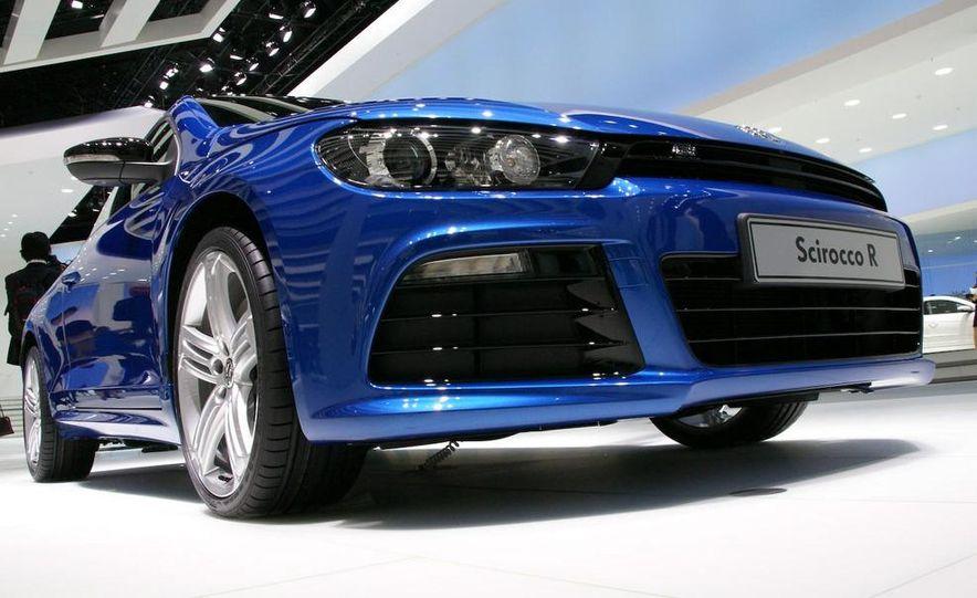 2010 Volkswagen Scirocco R - Slide 5