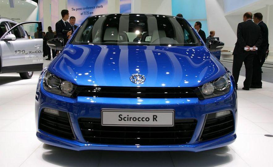 2010 Volkswagen Scirocco R - Slide 3