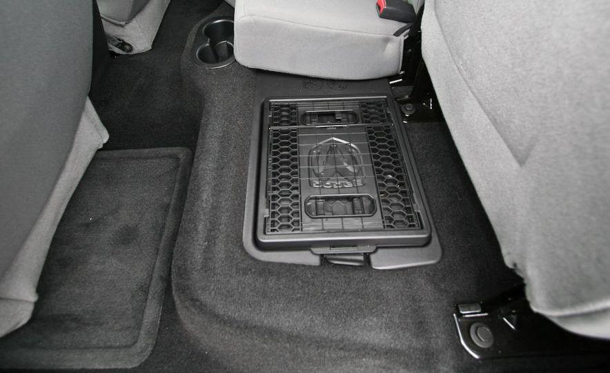 2009 Dodge Dakota crew cab V-8 4x4 - Slide 63