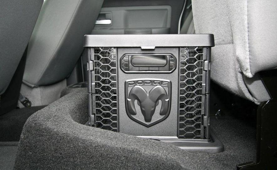 2009 Dodge Dakota crew cab V-8 4x4 - Slide 65