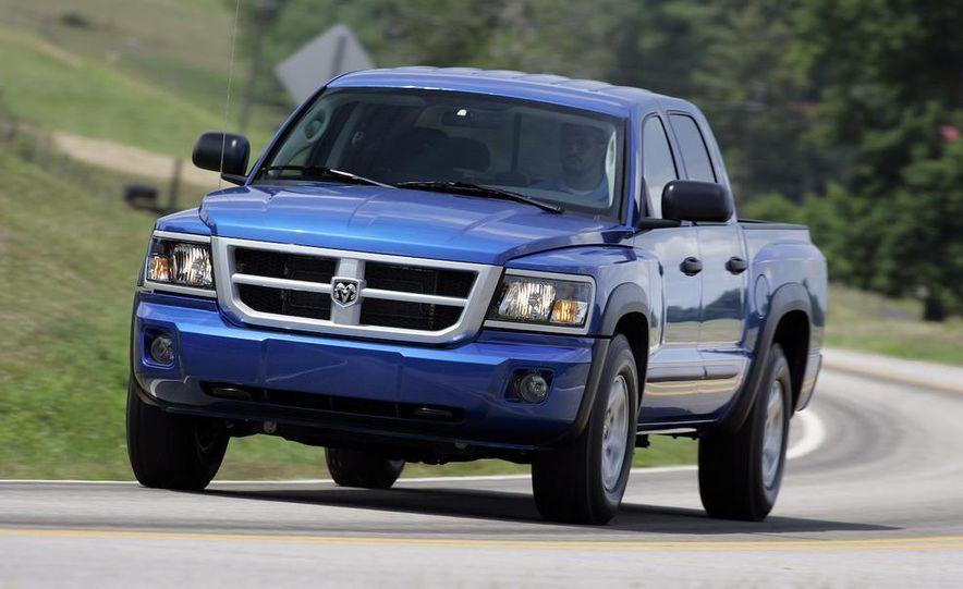 2009 Dodge Dakota crew cab V-8 4x4 - Slide 22