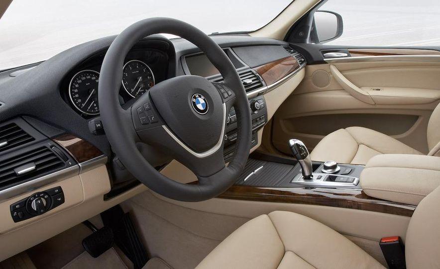 2009 BMW X5 xDrive48i - Slide 32