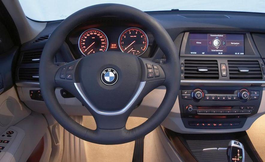 2009 BMW X5 xDrive48i - Slide 30