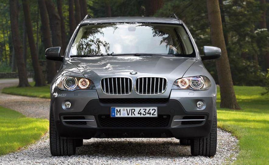2009 BMW X5 xDrive48i - Slide 17
