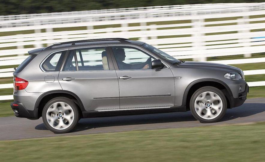 2009 BMW X5 xDrive48i - Slide 9
