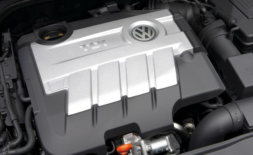 2010 Volkswagen GTD - Slide 13
