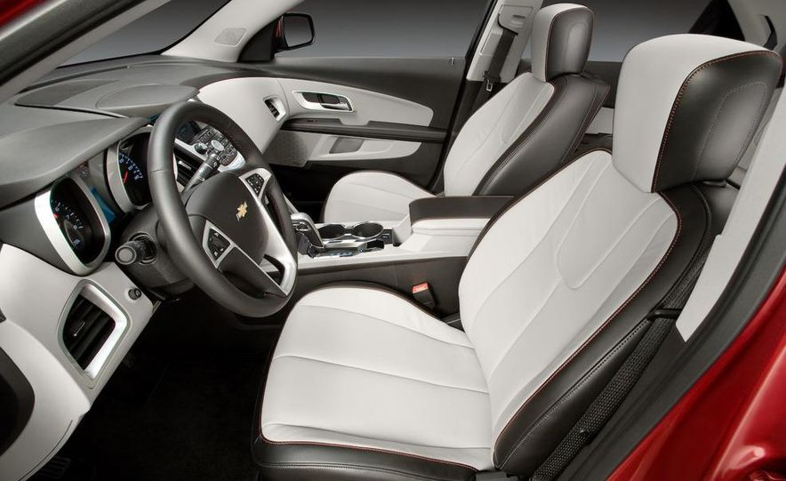 2010 Chevrolet Equinox - Slide 13