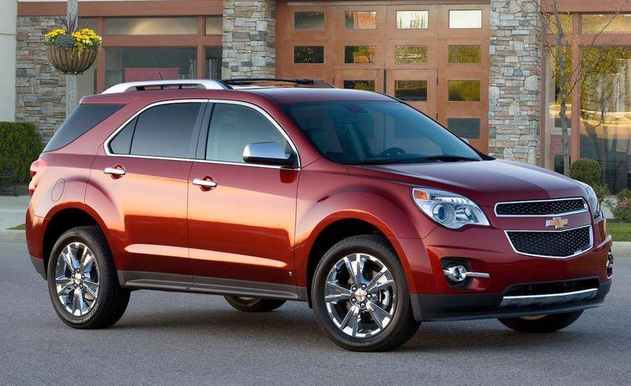 2010 Chevrolet Equinox - Slide 2