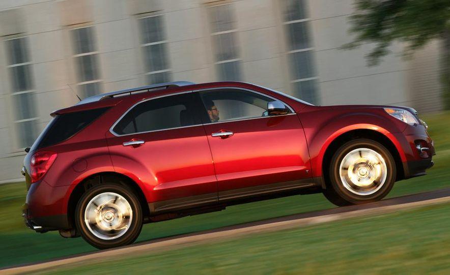 2010 Chevrolet Equinox - Slide 22