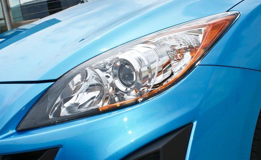 2010 Mazda 3 s 5-door Sport - Slide 17