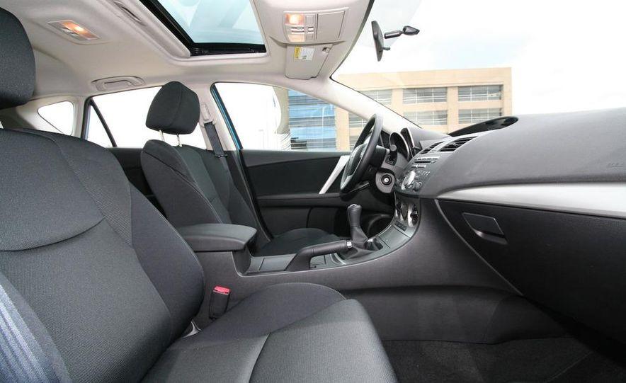 2010 Mazda 3 s 5-door Sport - Slide 33