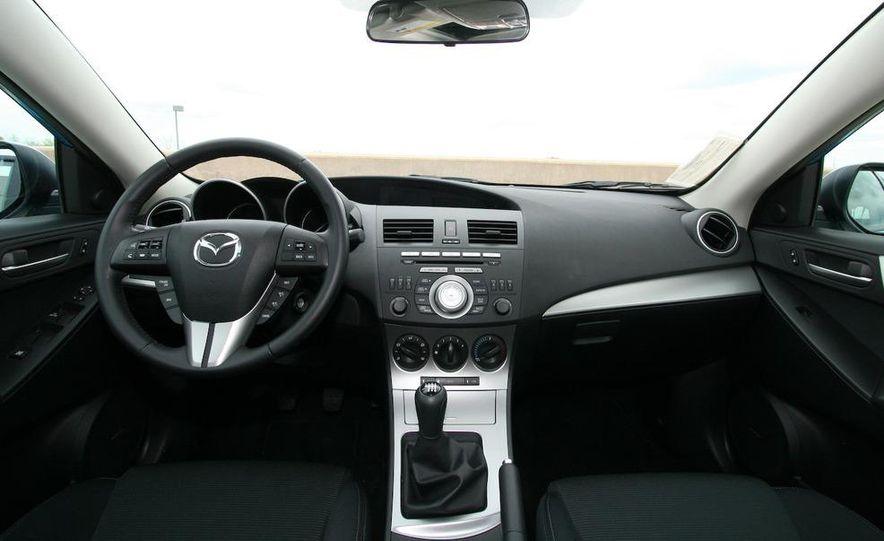 2010 Mazda 3 s 5-door Sport - Slide 23