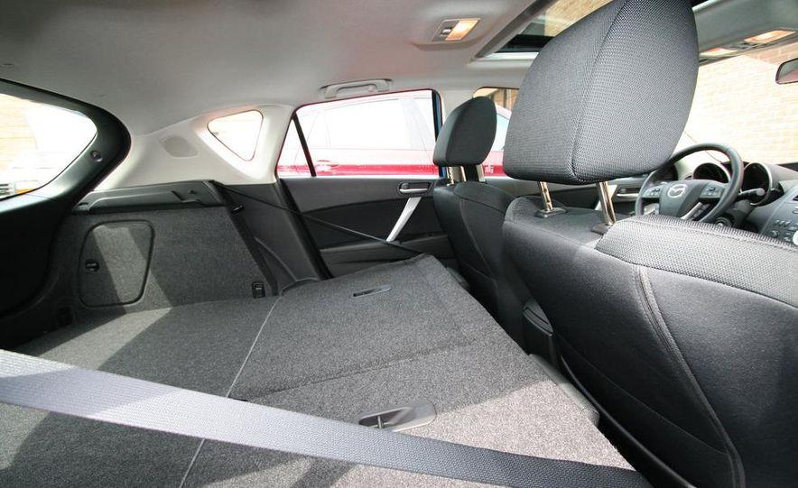 2010 Mazda 3 s 5-door Sport - Slide 35