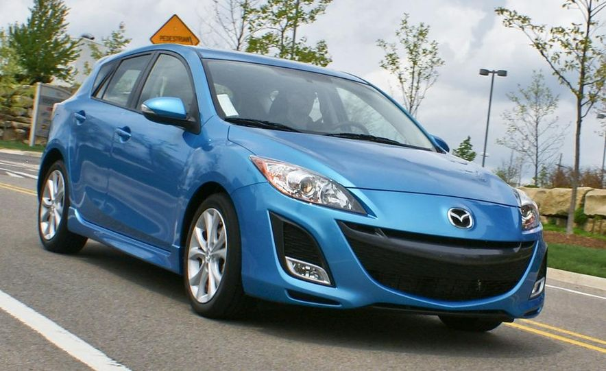 2010 Mazda 3 s 5-door Sport - Slide 5
