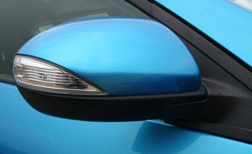 2010 Mazda 3 s 5-door Sport - Slide 16