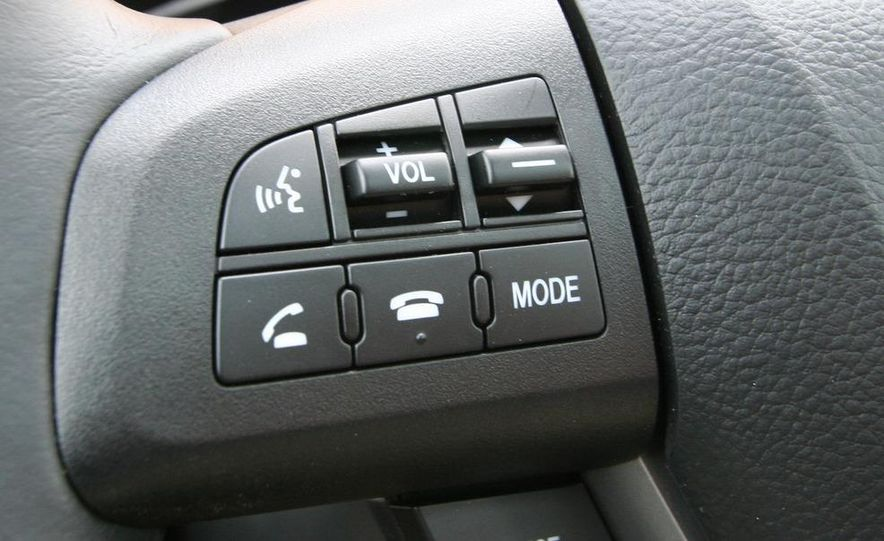 2010 Mazda 3 s 5-door Sport - Slide 25