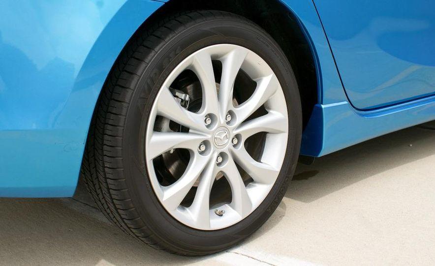 2010 Mazda 3 s 5-door Sport - Slide 19
