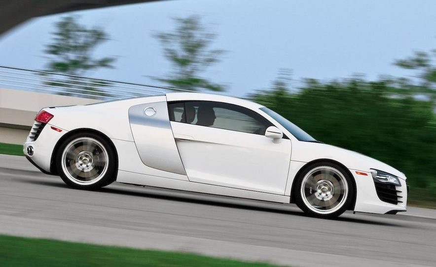 2011 Audi R8 Spyder 5.2 V-10 (spy photo) - Slide 20