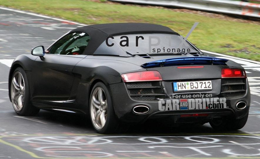 2011 Audi R8 Spyder 5.2 V-10 (spy photo) - Slide 6