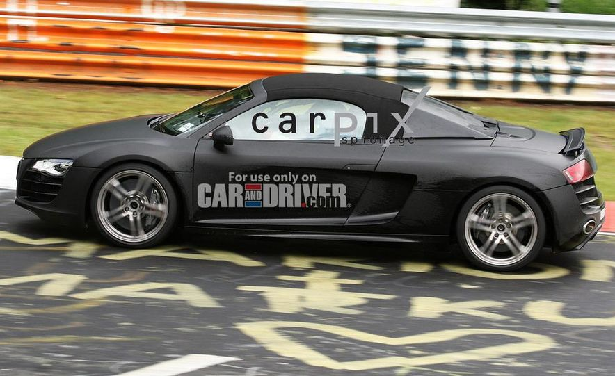 2011 Audi R8 Spyder 5.2 V-10 (spy photo) - Slide 4