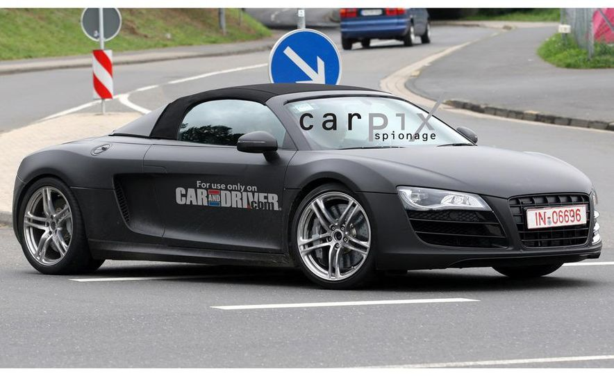 2011 Audi R8 Spyder 5.2 V-10 (spy photo) - Slide 9