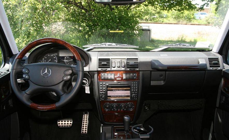 2009 Mercedes-Benz G550 - Slide 29