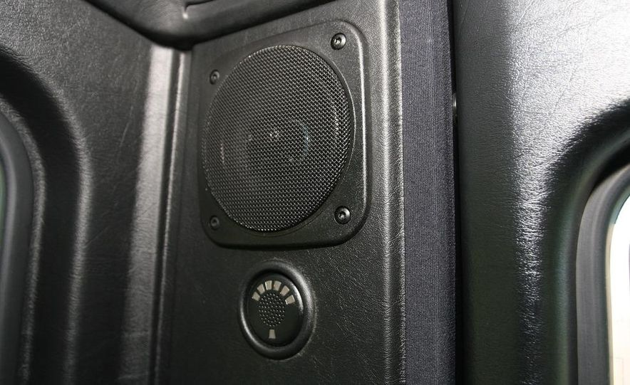 2009 Mercedes-Benz G550 - Slide 42