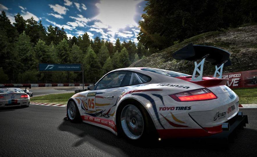 2009 BMW M3 GT2 and 2008 Porsche 911 GT3 RS screenshot - Slide 1