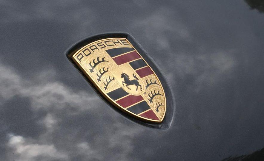 2009 Porsche Cayenne Turbo S - Slide 14