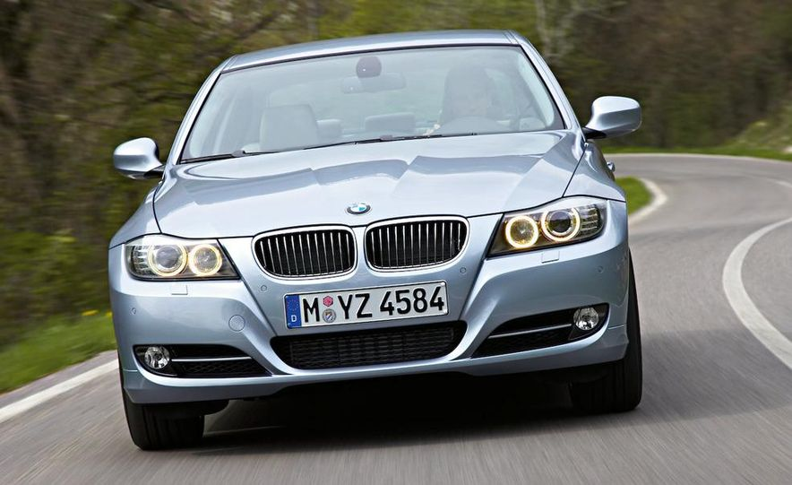 2012 BMW 3-series sedan (artist's rendering) - Slide 12