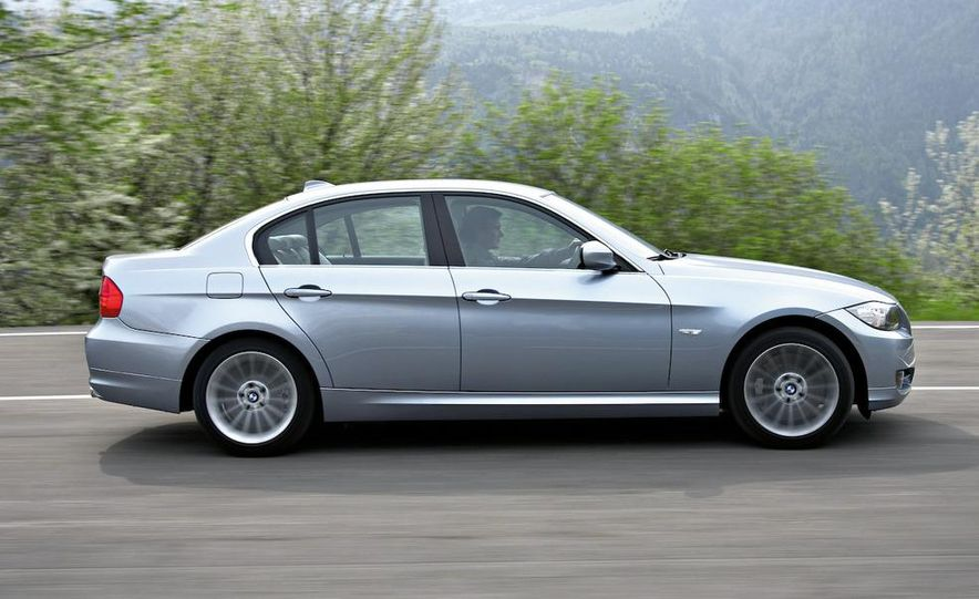 2012 BMW 3-series sedan (artist's rendering) - Slide 13
