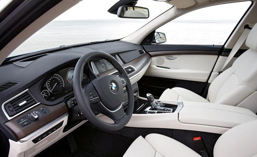 2010 BMW 530d Gran Turismo - Slide 32
