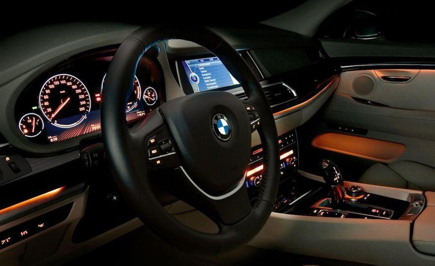 2010 BMW 530d Gran Turismo - Slide 35