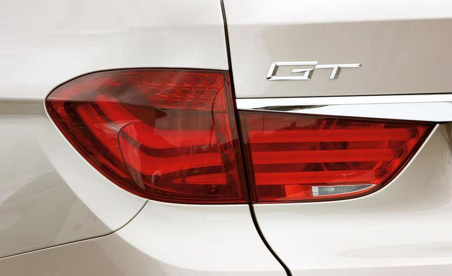 2010 BMW 530d Gran Turismo - Slide 29