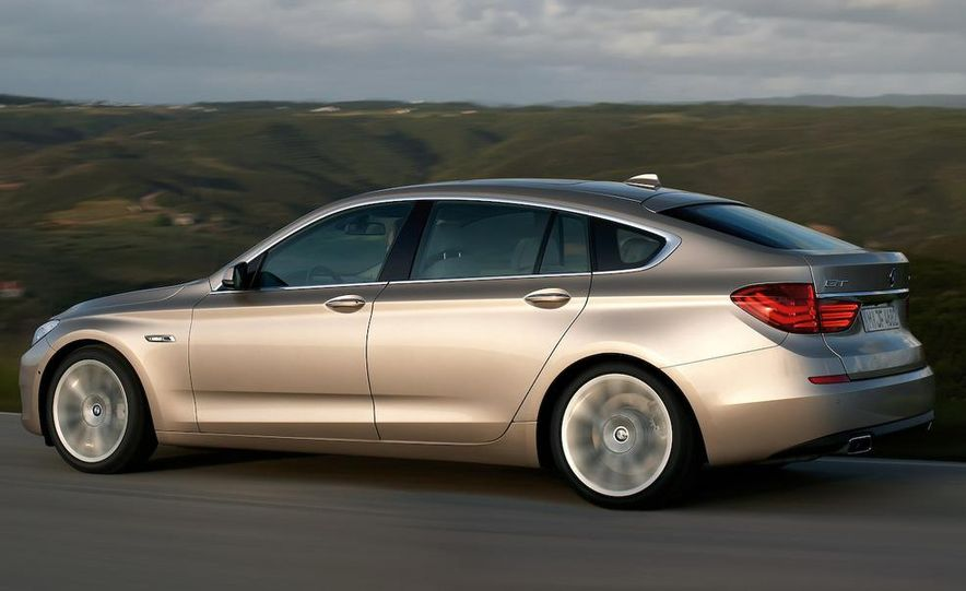 2010 BMW 530d Gran Turismo - Slide 10