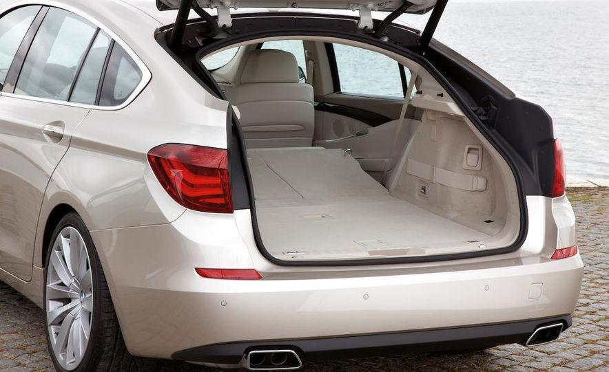 2010 BMW 530d Gran Turismo - Slide 22