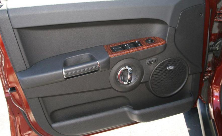 2009 Jeep Commander Limited - Slide 37
