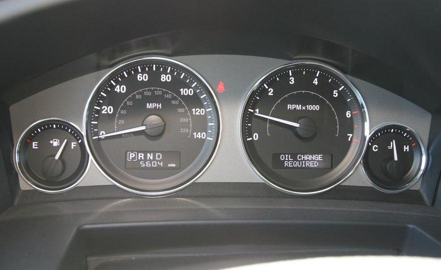 2009 Jeep Commander Limited - Slide 46