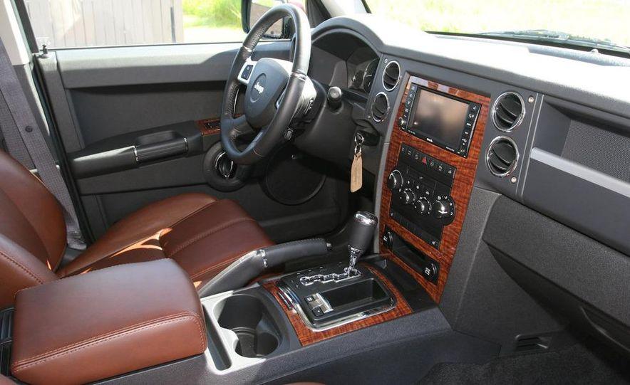 2009 Jeep Commander Limited - Slide 38