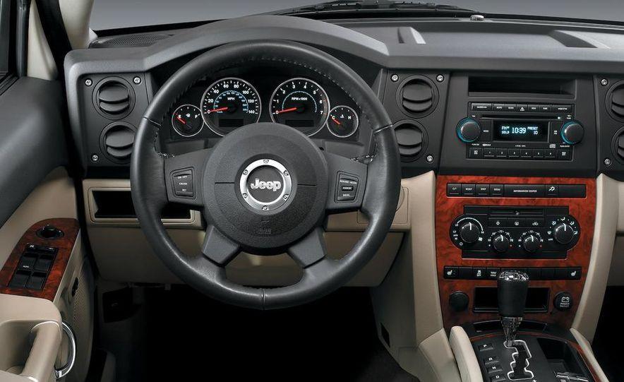 2009 Jeep Commander Limited - Slide 71