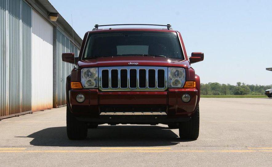 2009 Jeep Commander Limited - Slide 6